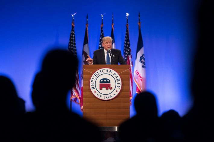 Presidential Hopefuls Speak At The Republican Party Of Iowa's Lincoln Dinner