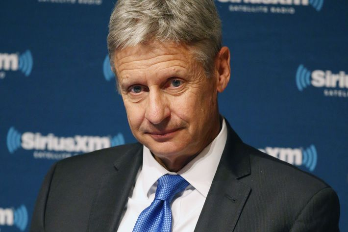 Libertarian presidential candidate Gary Johnson makes Minn. campaign stop