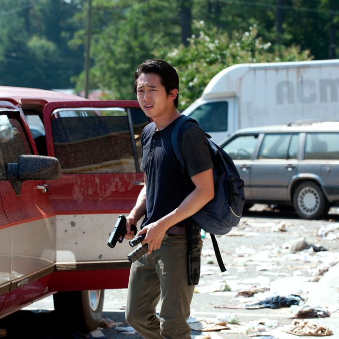 Glenn (Steven Yeun) - The Walking Dead - Season 3, Episode 6