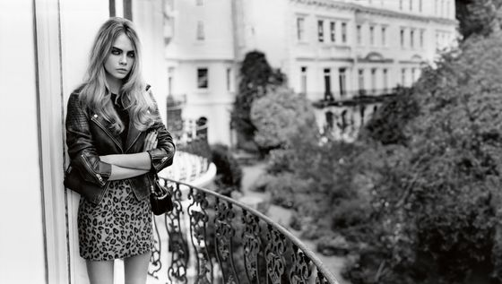 <b>Model: </b>Cara Delevingne <b>Photographer:</b> Alasdair McLellan