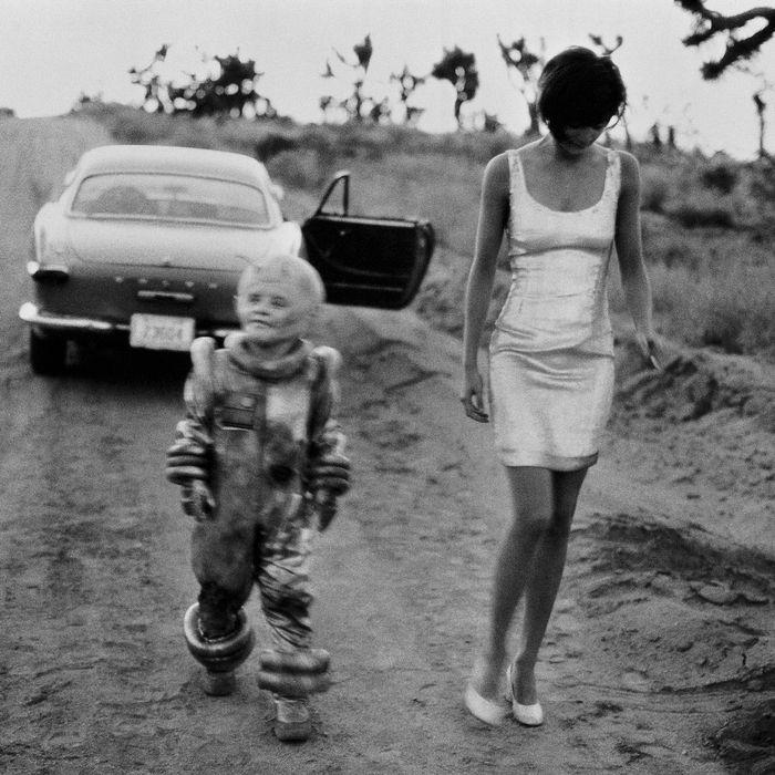 Lee Carrington & Helena Christensen, El Mirage, California, 1990