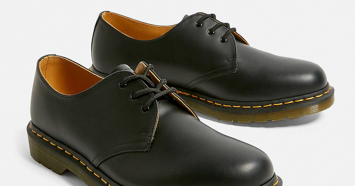 We Found These Classic Dr. Martens Oxfords For £90 At Urban Outfitters