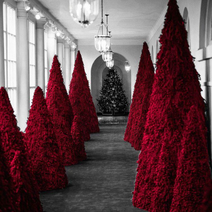 Melania Trump Christmas Tree 2020 Searching for Meaning in Melania Trump's Red Christmas Trees
