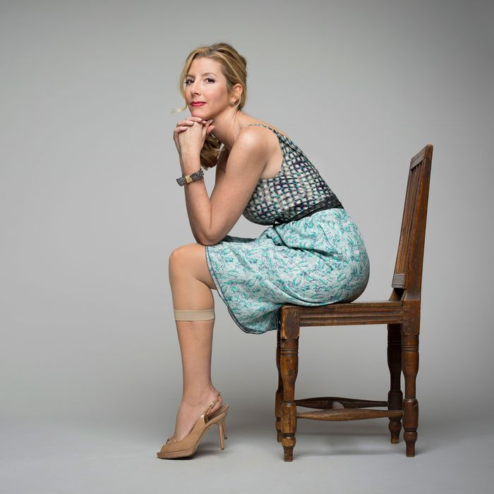 how selling fax machines helped sara blakely invent spanx