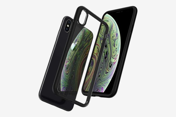 Spigen Ultra Hybrid iPhone Case