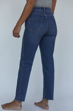 CRVY High-Rise Vintage Straight Jeans