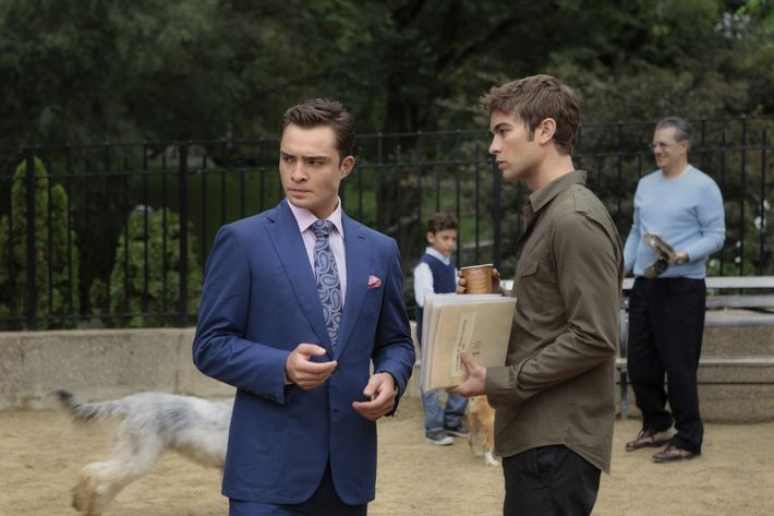 """""""The Fasting And The Furious""""           GOSSIP GIRL           Pictured (L-R) Ed Westwick as Chuck Bass and Chace Crawford as Nate Archibald           PHOTO CREDIT: GIOVANNI RUFINO/©2011 THE CW NETWORK. ALL RIGHTS RESERVED"""
