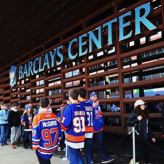 Edmonton Oilers v New York Islanders