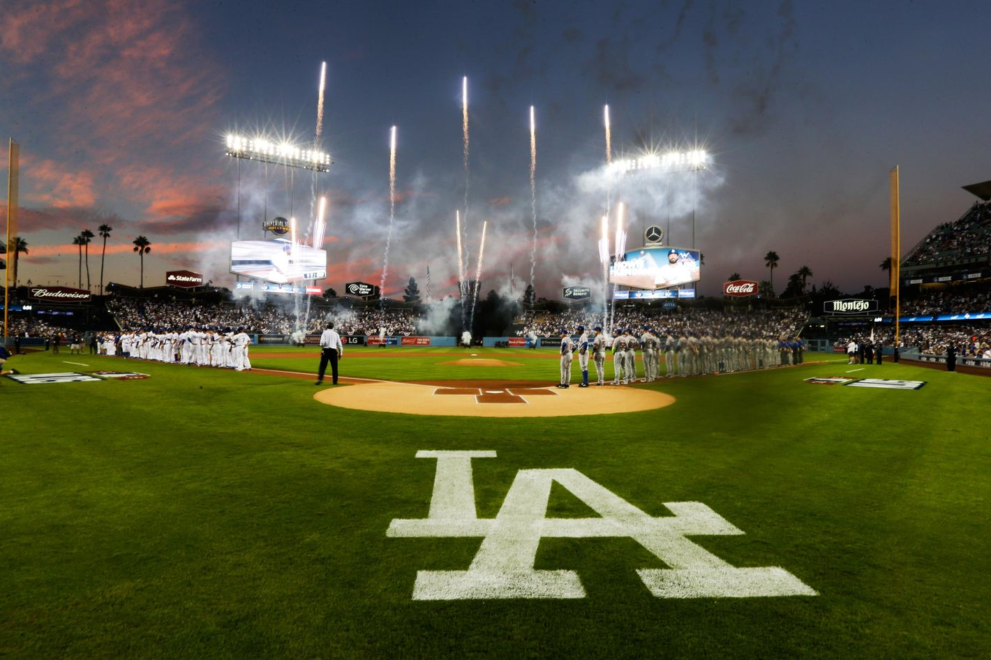 Mets Fan Beaten Outside Dodger Stadium by Mother and Son