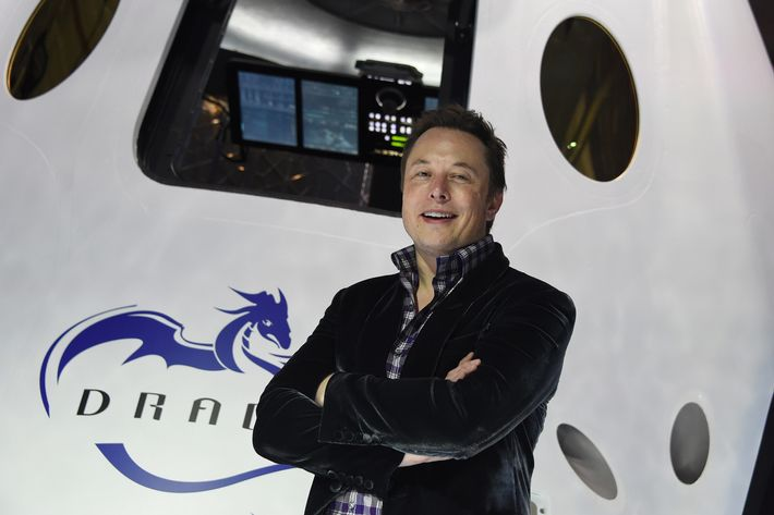 SpaceX CEO Elon Musk introduces SpaceX's Dragon V2 spacecraft, the companys next generation version of the Dragon ship designed  to carry astronauts into space, at a press conference in Hawthorne, California on May 29, 2014.  The private spaceflight companys unmanned Dragon spacecraft has been delivering cargo to the International Space Station three times since 2012. The new Dragon V2 will ferry NASA astronauts to and from the space station. AFP PHOTO / Robyn Beck        (Photo credit should read ROBYN BECK/AFP/Getty Images)