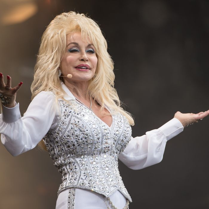 Bridte-to-be (again), Dolly Parton. Photo: Ian Gavan/Getty Images