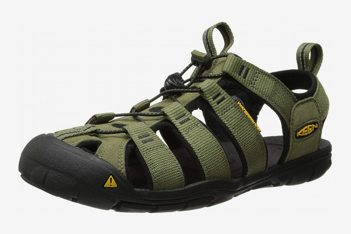 Best Hiking Sandals for Men and Women