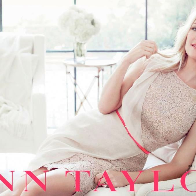 Kate Hudson, shot by Tom Munro for Ann Taylor.