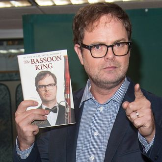 Rainn Wilson Signs Copies Of