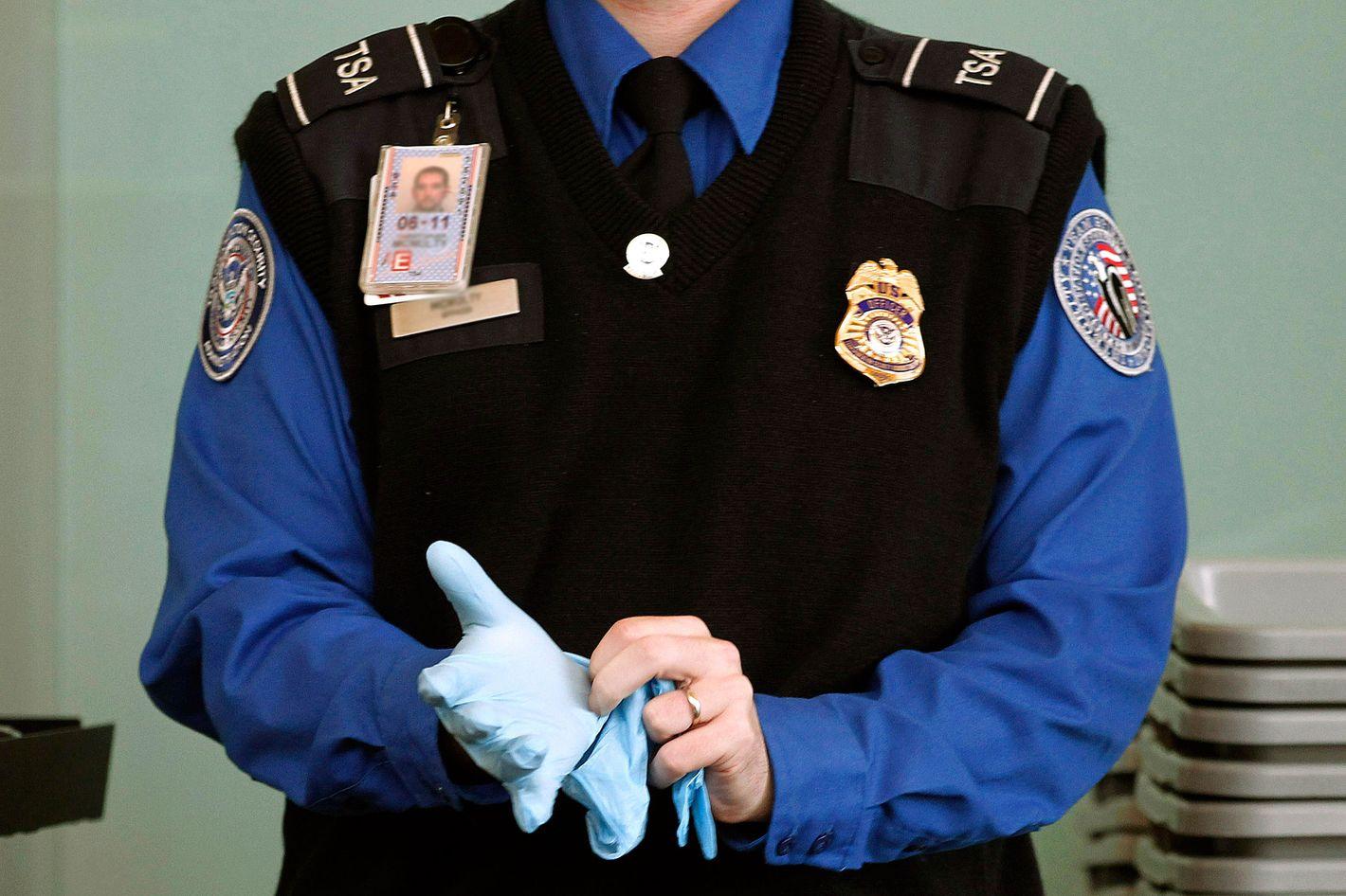 Assault Arrested For Alleged La Agent At Tsa Guardia Sexual