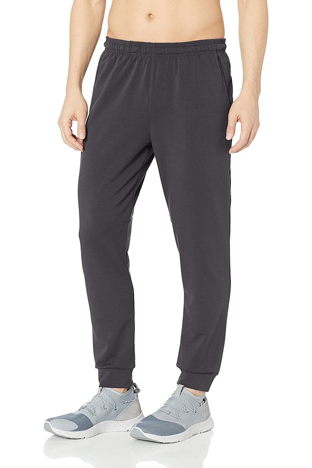 Amazon Essentials Men's Soft-Tech Training Jogger Pant