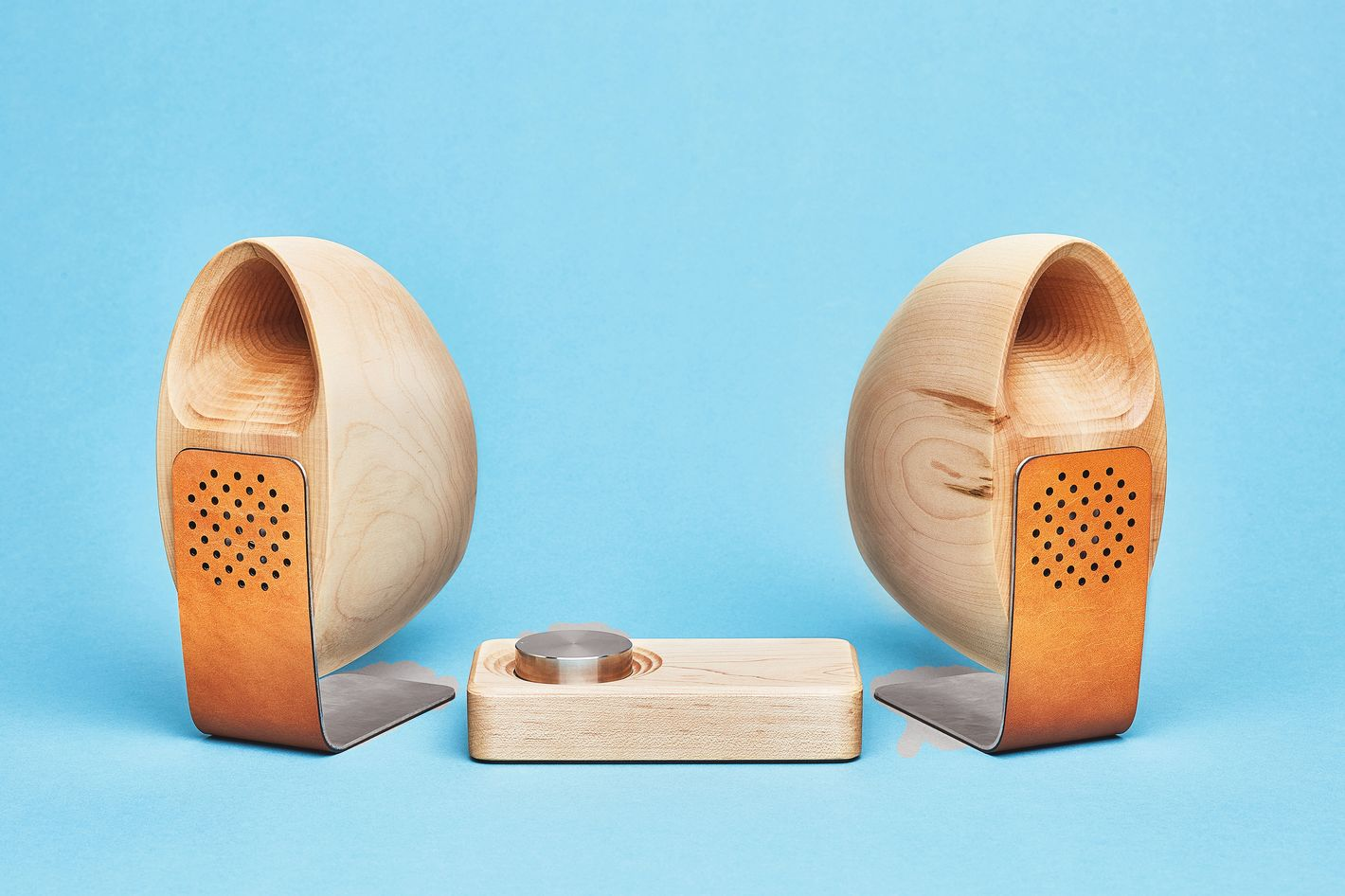 Maple Speakers & Amp