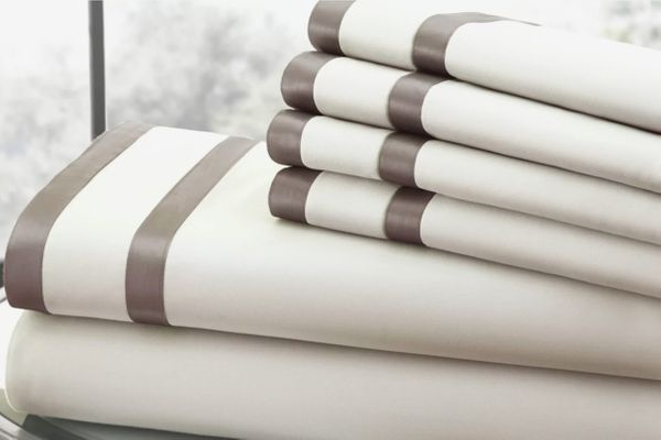 Amrapur Overseas Inc. 1000 Thread Count Sheet Set