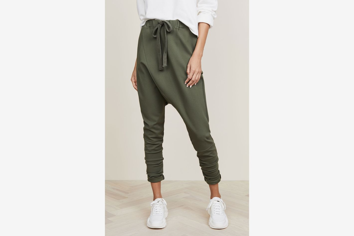 6b8925c49 The 26 Best Travel Pants for Women 2018