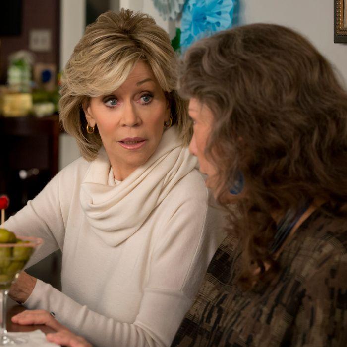 Jane Fonda as Grace, Lily Tomlin as Frankie.