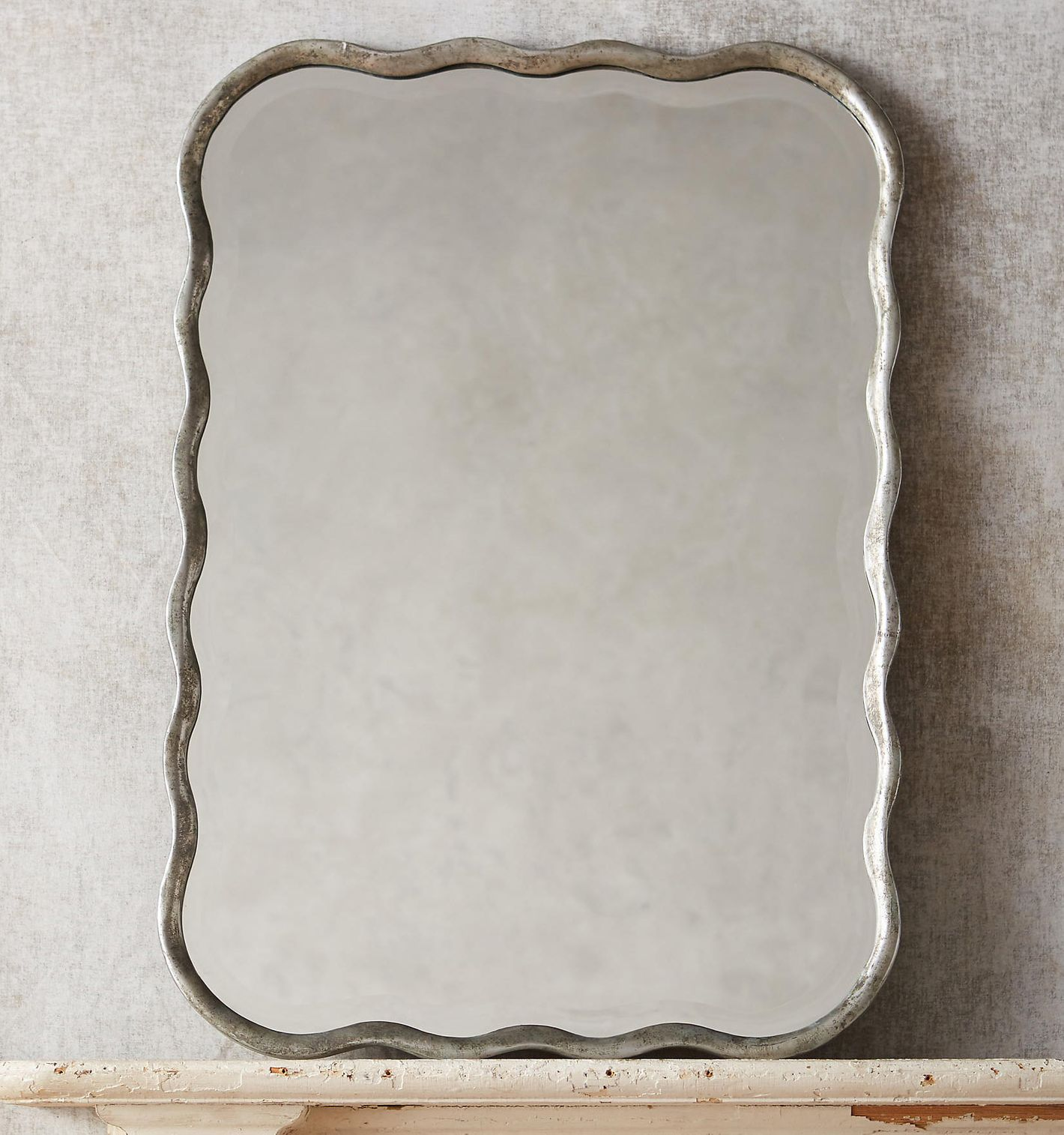 Coquille Mirror