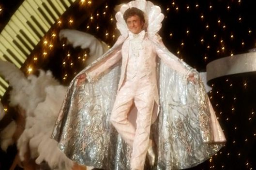 As for Liberaceu0027s final fabulous outfit glimpsed during a dream sequence  That was a costume that Liberace actually did wear  said Mirojnick.  sc 1 st  Vulture & Behind the Candelabrau0027s Best Costumes Explained -- Vulture