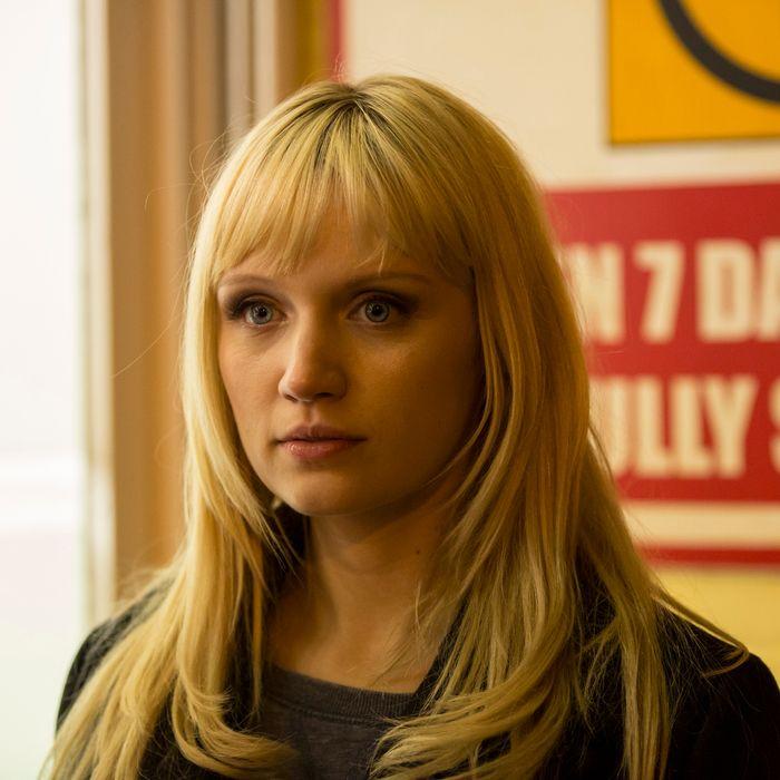 Emily Berrington as Niska - HUMANS _ Season 1, Episode 4 - Photo Credit: Colin Hutton/Kudos/AMC/C4