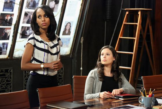 "SCANDAL - ""Molly, You in Danger, Girl"" - When details from an old case don't add up, Olivia's team must backtrack to figure out if they made a mistake. Worse still, this mistake has potentially put them all in serious danger. Meanwhile, Olivia and Jake's relationship starts to heat up, while at the White House Fitz and Mellie's relationship hits a new low, on ABC's ""Scandal,"" THURSDAY, APRIL 4 (10:02-11:00 p.m., ET) on the ABC Television Network. (ABC/Richard Cartwright) KERRY WASHINGTON, KATIE LOWES"