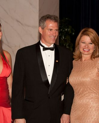 Senator Scott Brown (R-Mass), with his daughter Ayla (left) and wife Gail arrive on the red carpet for the annual White House Correspondents Association dinner April 30, 2011 at the Washington Hilton in Washington, DC. AFP PHOTO/Toby Jorrin (Photo credit should read TOBY JORRIN/AFP/Getty Images)