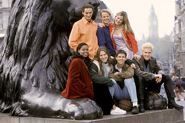THE REAL WORLD IV: LONDON, (top l-r): Lars Schlichting, Mike Johnson, Jacinda Barrett, (bottom l-r): Sharon Gitau, Kat Ogden, Jay Frank, Neil Forrester, Season 4, 1992-present, (c)MTV/courtesy Everett Collection