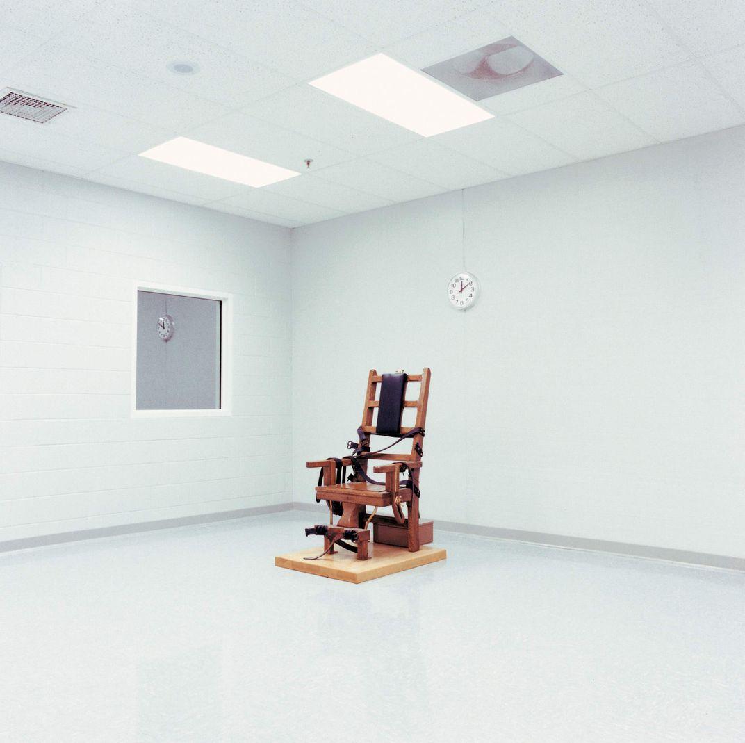 Electric chair chamber - Electric Chair Chamber 0