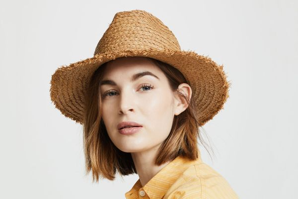 Madewell Raw-Edge Straw Fedora