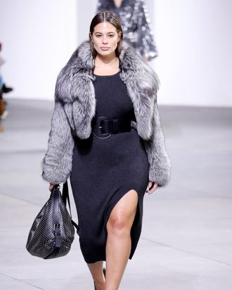 069cb6c90737 Ashley Graham Walked the Michael Kors Show