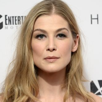 e6906dbcce28 Rosamund Pike s Bond Girl Audition Required Gratuitous Stripping