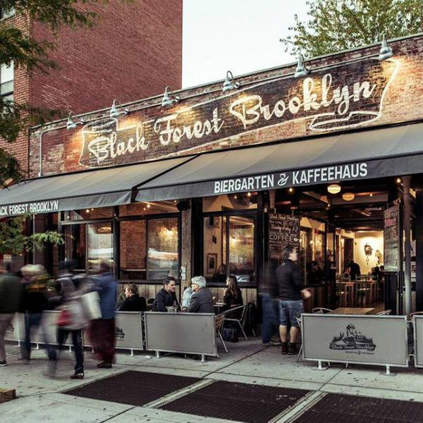 Brooklyn Biergarten Proudly Becomes a 'Breastfeeding Safe Zone'