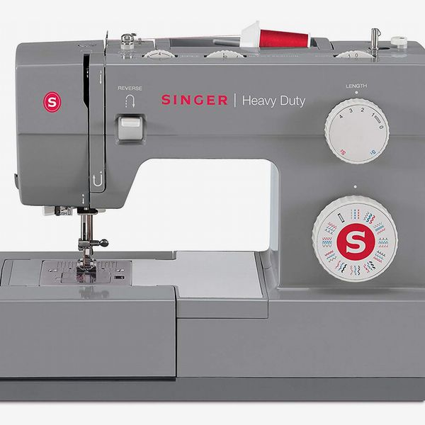 Singer Heavy Duty 4432 Sewing Machine with 32 Built-in Stitches