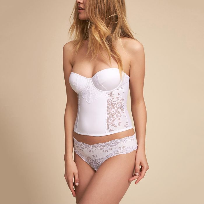 1b505c603 The Prettiest Bridal Lingerie for Your Wedding and Honeymoon