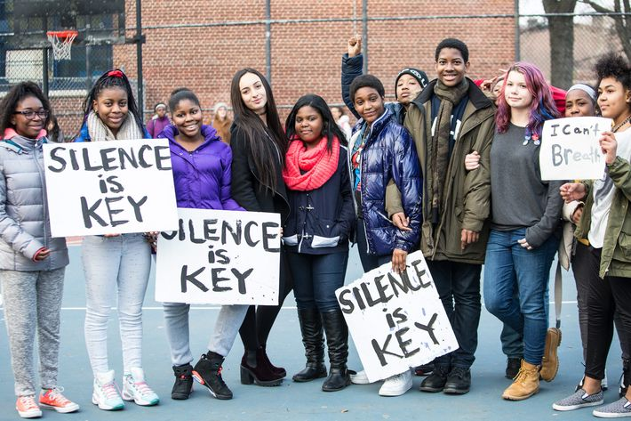 Students at the Arts and Letters school in Brooklyn staged a slient protest and walkout of their classes. Arts and Letters is a K-8 public school on ALdelphi Street in Brooklyn, NY.         reporter :Tim Murphy, timmurphynycwriter@gmail.com