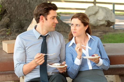 "THE OFFICE -- ""Work Bus"" Episode 904 -- Pictured: (l-r) John Krasinski as Jim Halpert, Jenna Fischer as Pam Halpert."