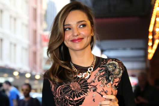 SYDNEY, AUSTRALIA - MAY 14:  (EUROPE AND AUSTRALASIA OUT)  Supermodel Miranda Kerr arrives at the QT Hotel on May 14, 2014 in Sydney, Australia. (Photo by Ross Schultz/Newspix/Getty Images)