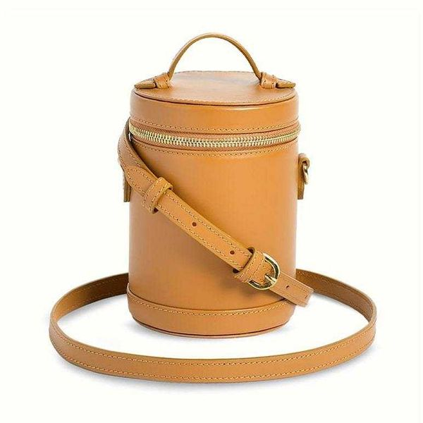 Paravel Crossbody Capsule