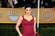 Actress Idina Menzel arrives at the 19th Annual Screen Actors Guild Awards held at The Shrine Auditorium on January 27, 2013 in Los Angeles, California.