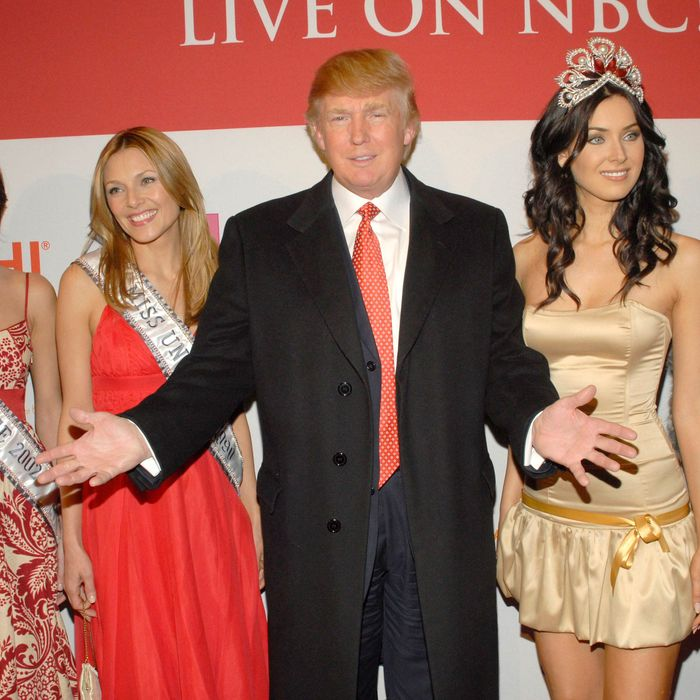 Teen Beauty Queens Claim Donald Trump Walked in on Them