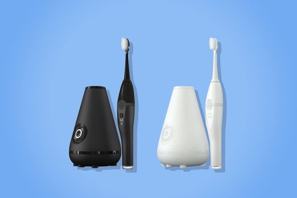 TAO Clean Aura Clean Sonic Toothbrush & Cleaning Station