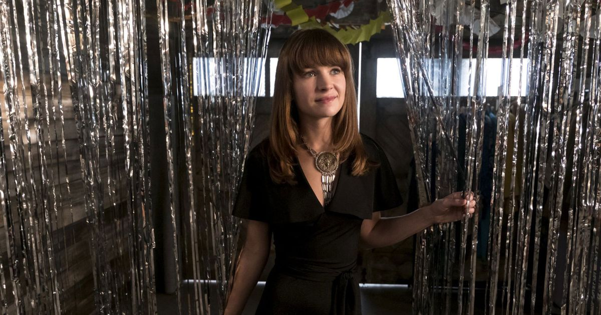 Britt Robertson, Kay Cannon, and Sophia Amoruso on Netflix's Girlboss