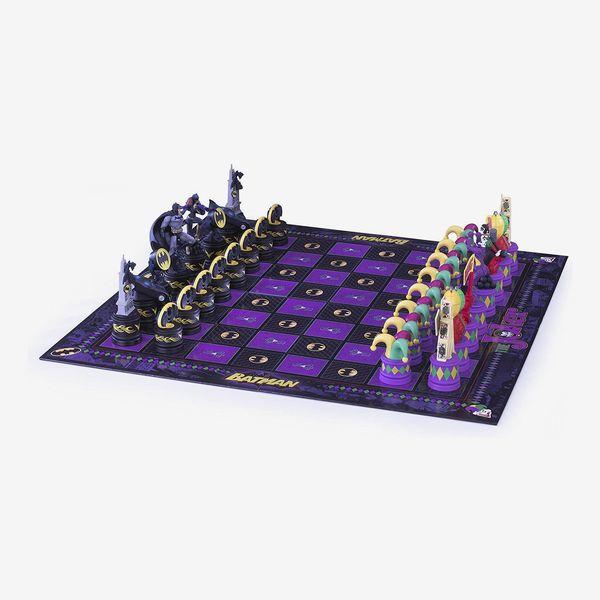 The Batman Chess Set ( The Dark Knight vs The Joker)