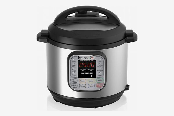 Instant Pot DUO60 6-Qt. 7-in-1 Multiuse Programmable Pressure Cooker