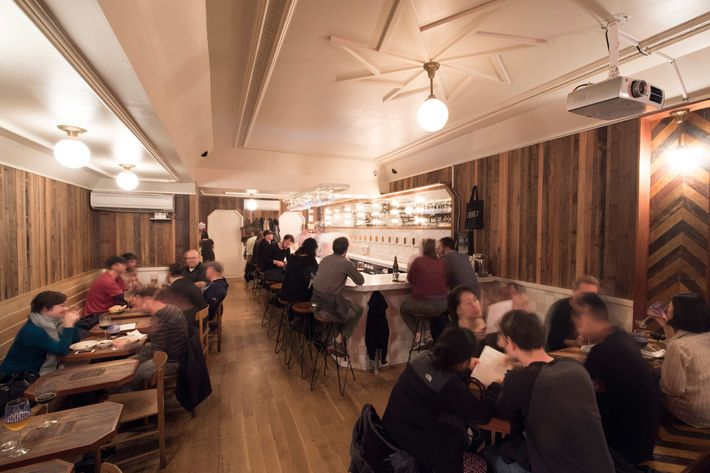 The absolute best beer bars and craft beer selections in nyc for Craft beer bars new york