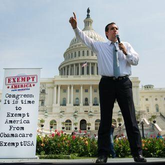 WASHINGTON, DC - SEPTEMBER 10: U.S. Sen. Ted Cruz (R-TX) speaks during the