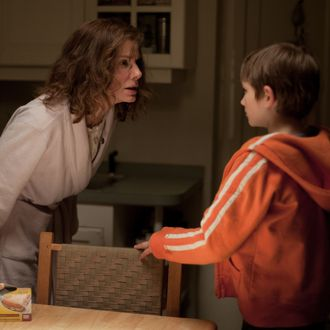 "(L-r) SANDRA BULLOCK as Linda Schell and THOMAS HORN as Oskar Schell in Warner Bros. Pictures' drama ""EXTREMELY LOUD & INCREDIBLY CLOSE,"" a Warner Bros. Pictures release."